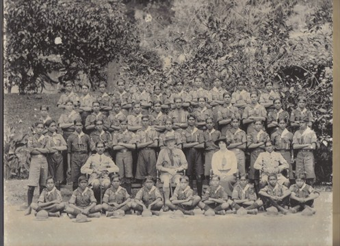 Troop with Load Baden as centerfigure 1920